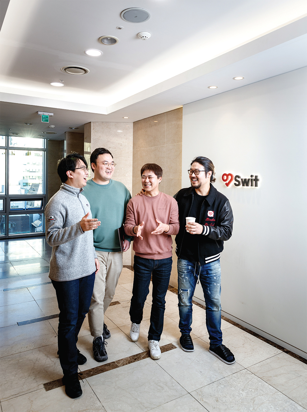왼쪽부터 손주영 부사장, 박진호 한국지사장, 임상석 CTO, 이주환 대표